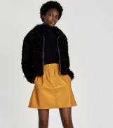 https://www.zara.com/uk/en/faux-leather-mini-skirt-p05507115.html?v1=5103507&v2=733908