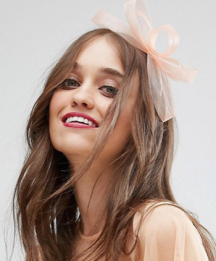 http://www.asos.com/asos/asos-simple-hair-fascinator/prd/7849866?CTAref=We%20Recommend%20Carousel_1&featureref1=we%20recommend%20pers