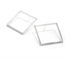 https://jenny-bird.ca/collections/spring-2019/products/nora-earrings-silver