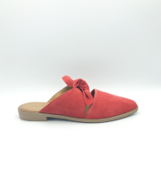 https://theurbanshoemyth.vendecommerce.com/bueno/products/bueno-bowery-in-pomegranate-suede